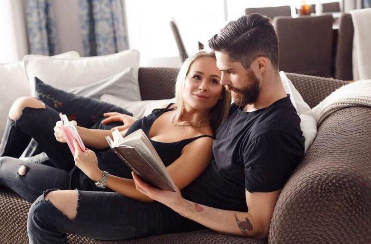 Lásku potřebuje žena. Jakmile muž projeví ženě opravdovou lásku, žena ji hltá plnými doušky.